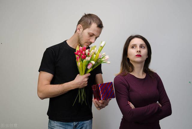妇女有婚外情的五种表现形式