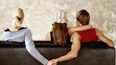 结婚的女人和初恋出轨_跟初恋出轨能长久吗_初恋的出轨